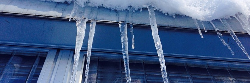 Chelsea roofing is susceptible to built-up ice and eventual damage during the winter. Learn what to look for and what you can do to protect your roof from damage.