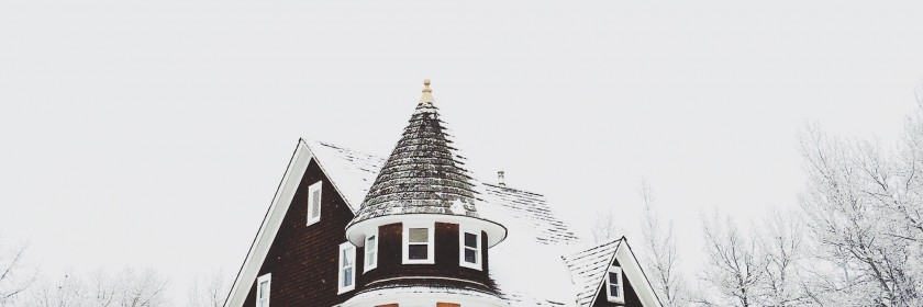 Know what to do if and when you need roofing repairs in Ottawa this winter season.